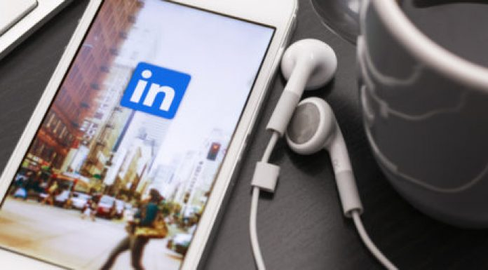 Five strategies to promote your business using LinkedIn Stories